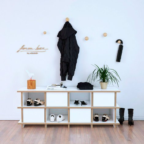 Brama - The freely formable wardrobe bench